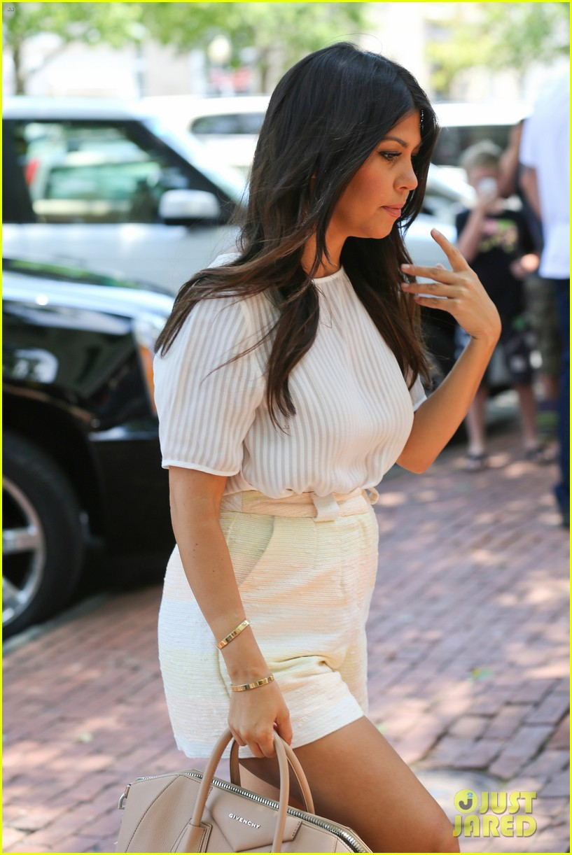 kim kardashian north west victims of racist attack 023146980