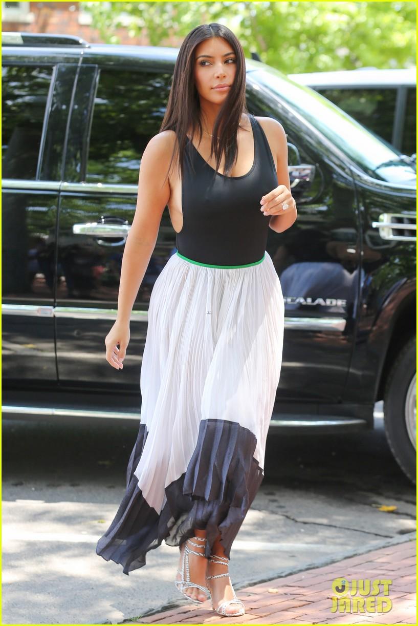 Kim Kardashian West KimKardashian) Twitter