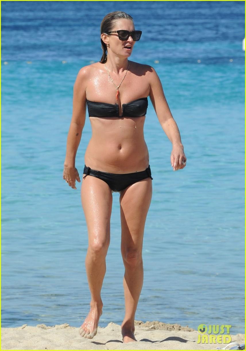 kate moss bikini bod soaking sun ibiza 033145868