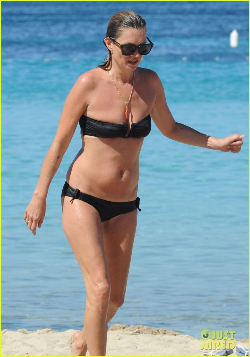 kate moss bikini bod soaking sun ibiza 083145873