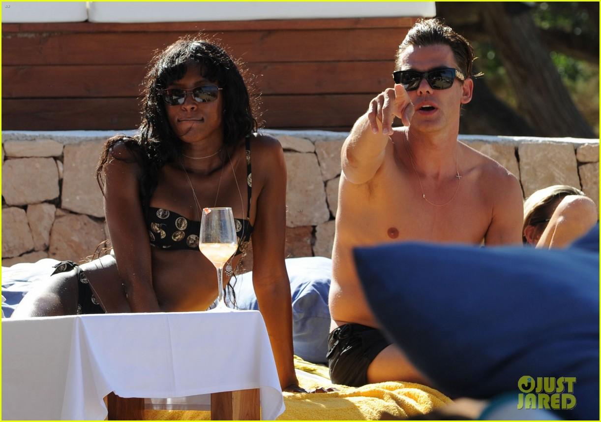 kate moss bikini bod soaking sun ibiza 243145889