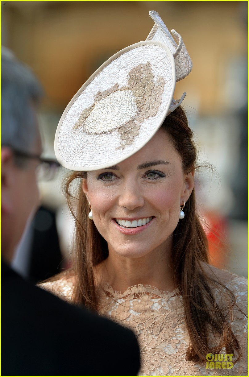 kate pippa middleton class acts separate events in england 14