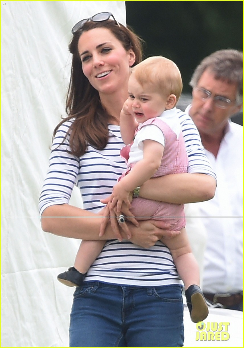 kate middleton prince george william polo match 083135935