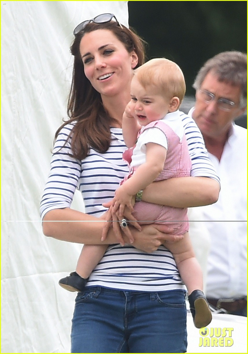 kate middleton prince george william polo match 09
