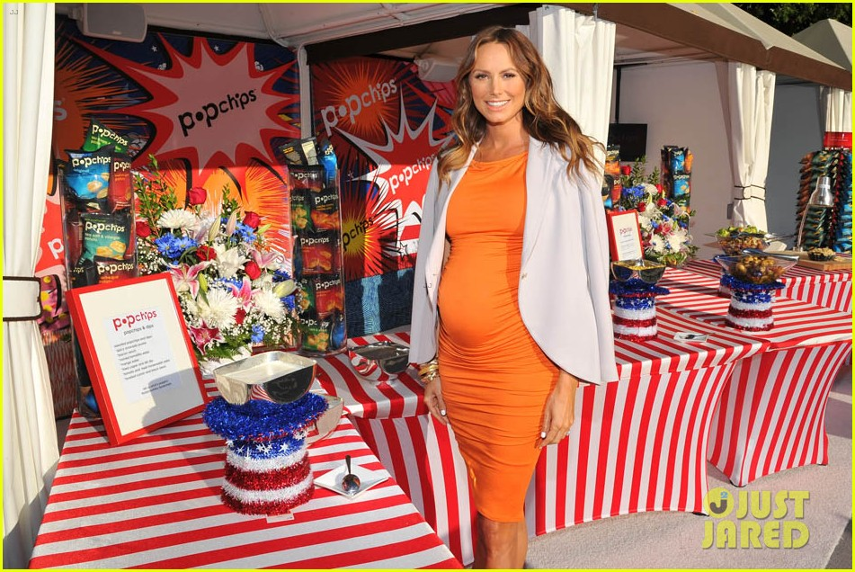 stacy keibler glams up and dresses down baby bump 193138178