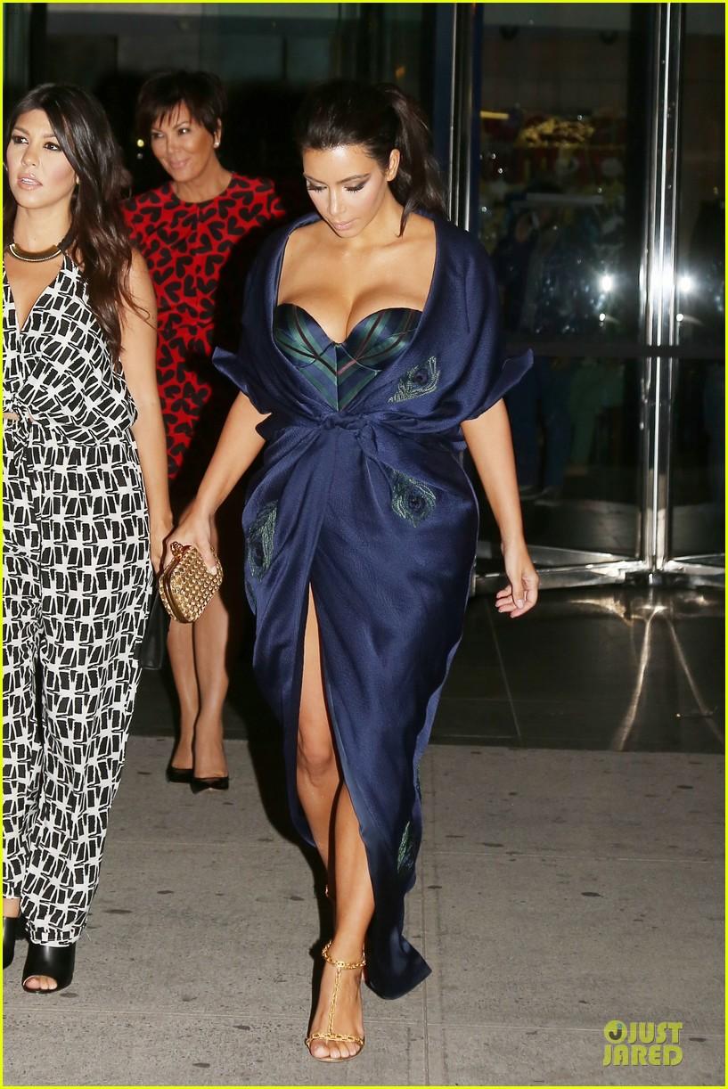 kim kardashian cleavage on full display for khloe birthday 173145145