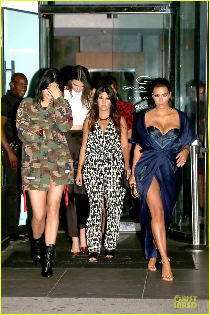 kim kardashian cleavage on full display for khloe birthday 233145151