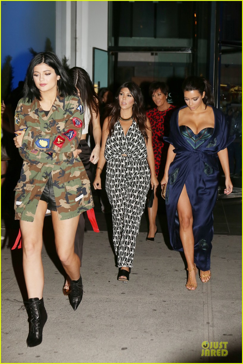 kim kardashian cleavage on full display for khloe birthday 253145153