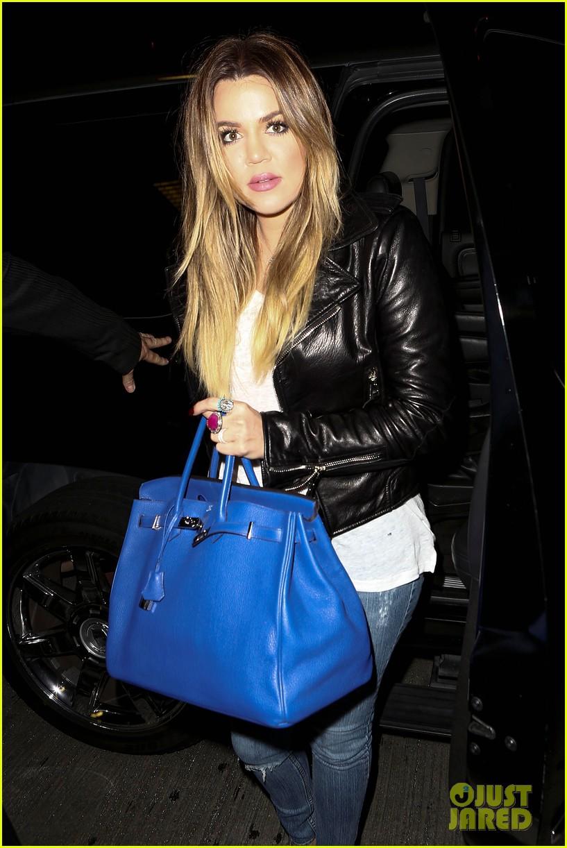 kim khloe kardashian take night flights out of lax 02
