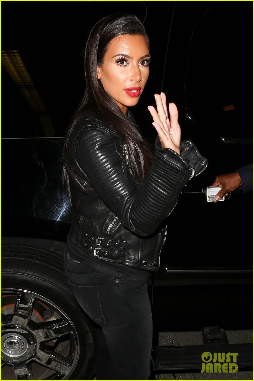 kim khloe kardashian take night flights out of lax 043142916