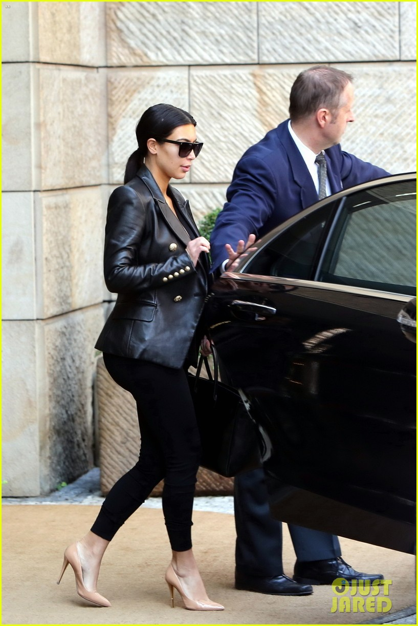 kim kardashian kanye west jey prague honeymoon 023125845