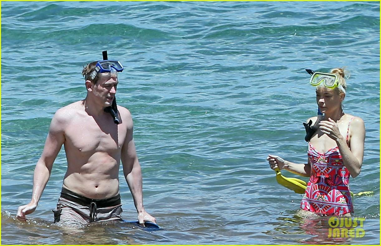 jaime king one piece swimsuit snorkeling hawaii 043137418