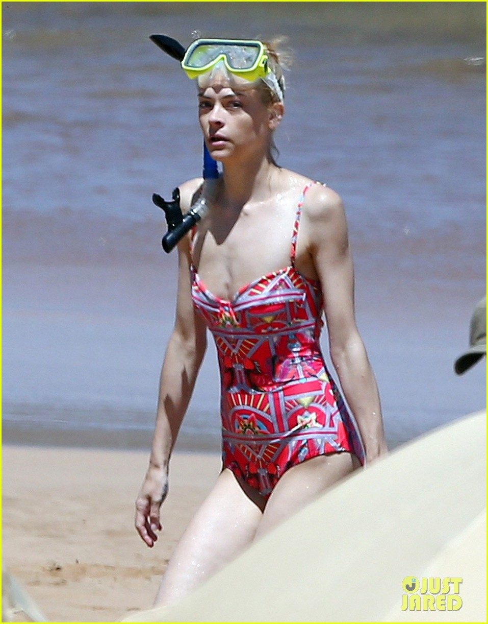 jaime king one piece swimsuit snorkeling hawaii 103137424