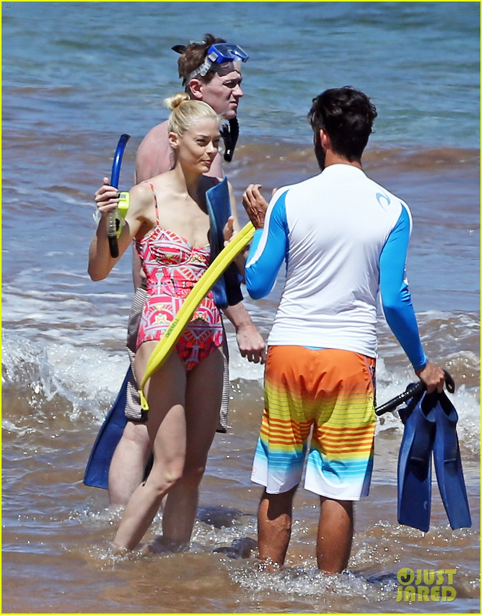jaime king one piece swimsuit snorkeling hawaii 123137426