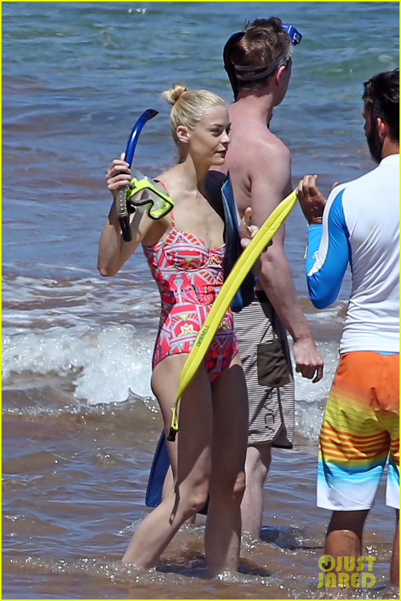 jaime king one piece swimsuit snorkeling hawaii 133137427