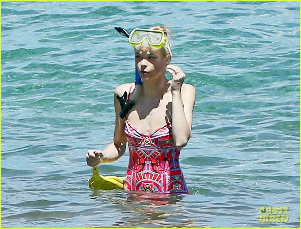 jaime king one piece swimsuit snorkeling hawaii 163137430