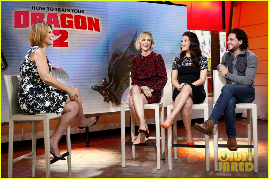 kit harington says game of thrones season finale is a big one 033134750