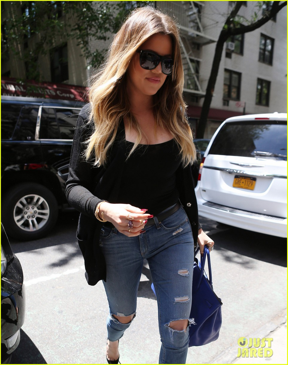 kim khloe kourtney kardashian have lunch together 043144123