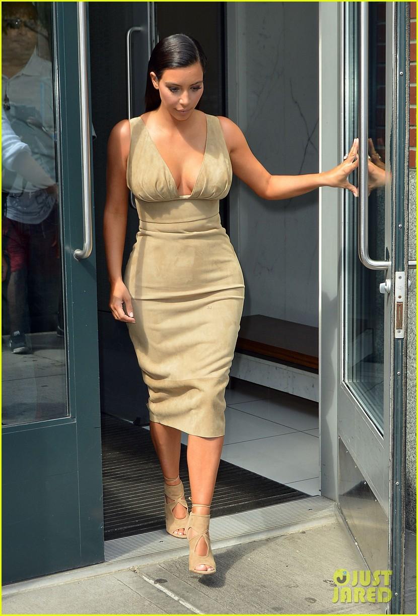 kim khloe kourtney kardashian have lunch together 113144130