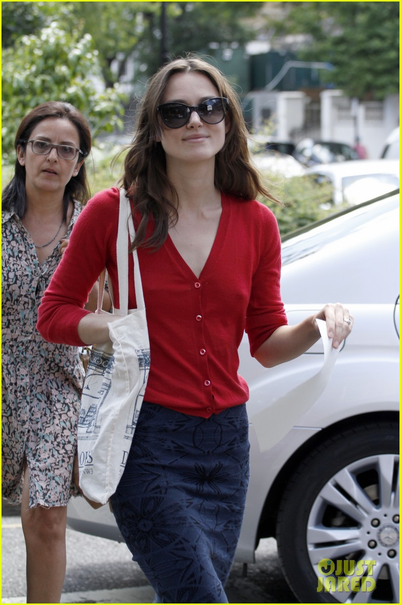 keira knightley gives herself a 50000 salary a year 123133239