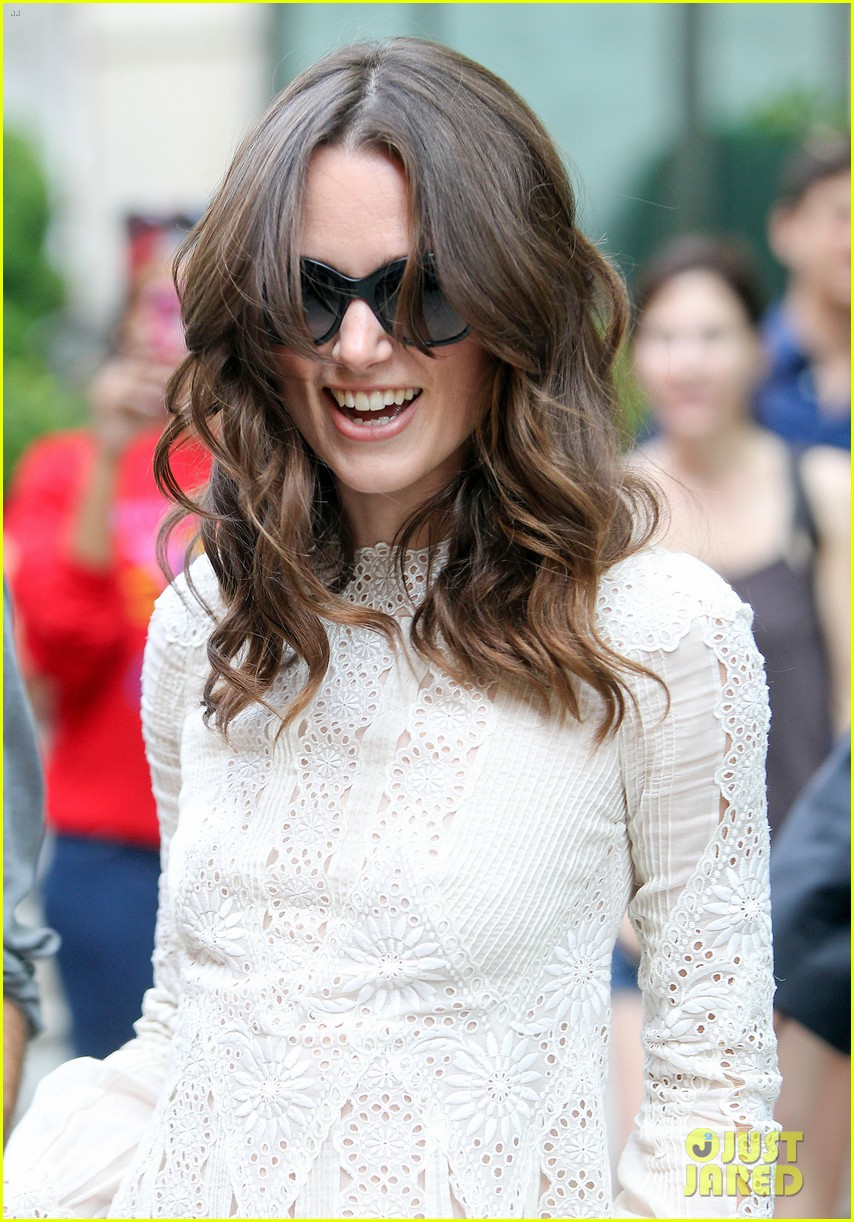 keira knightley james righton begin again premiere 17