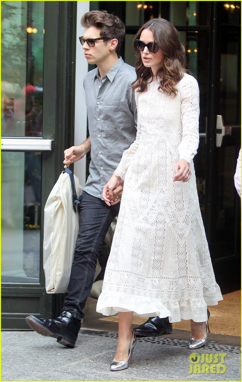 keira knightley james righton begin again premiere 183143410