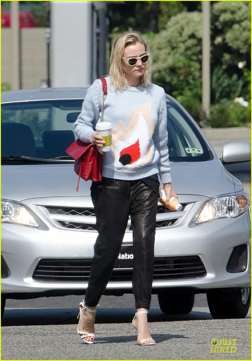 diane kruger plenty of fluids for los angeles 043132072