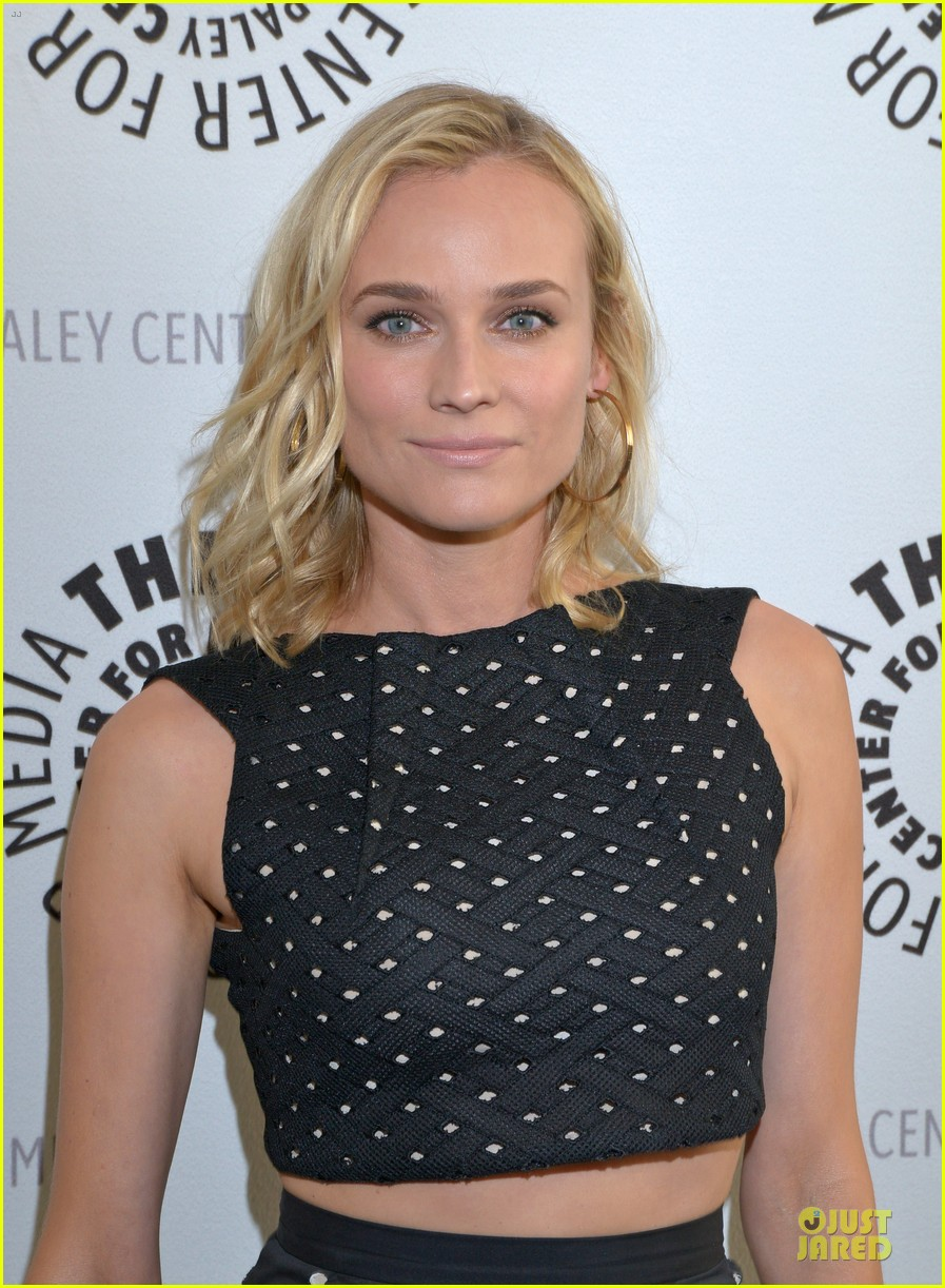 diane kruger bares midrff at bridge premiere 073142898