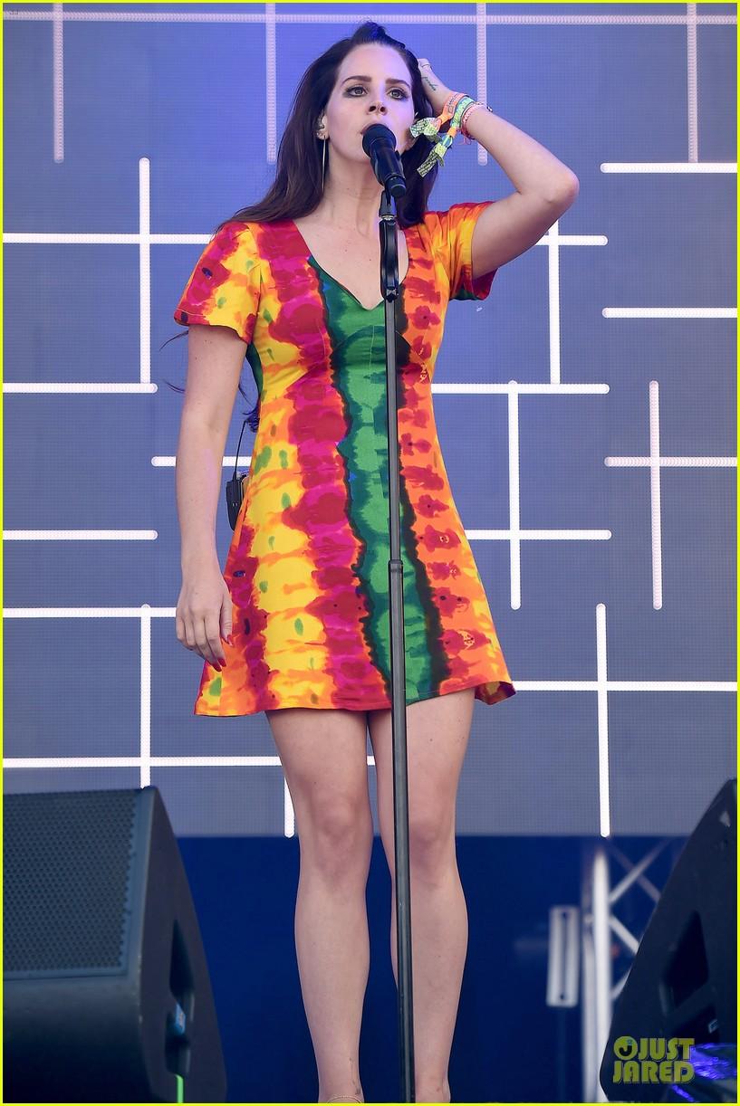 lana del rey ultraviolence tops billboard 200 013145373