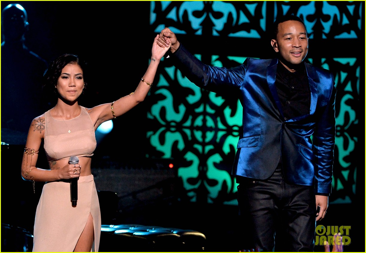 john legend jhene aiko bet awards 2014 043146327