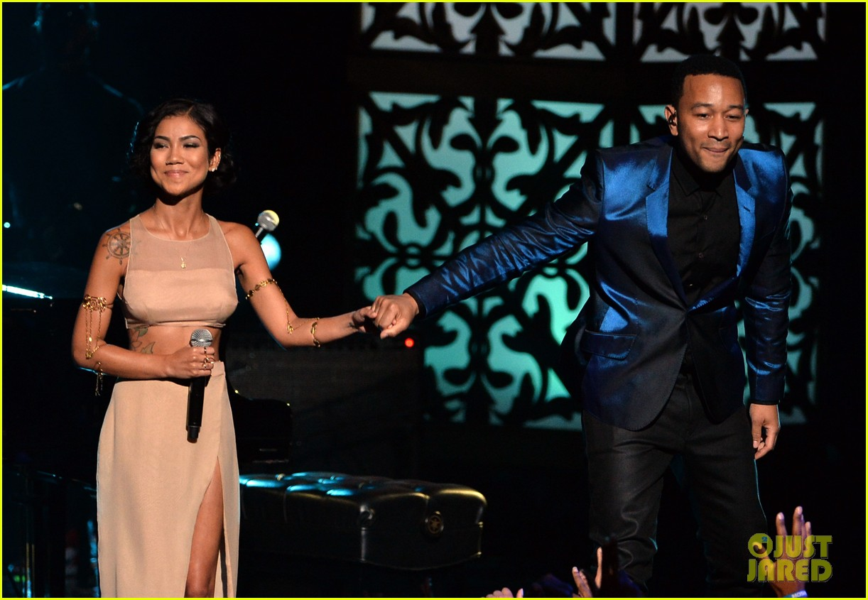 john legend jhene aiko bet awards 2014 123146335