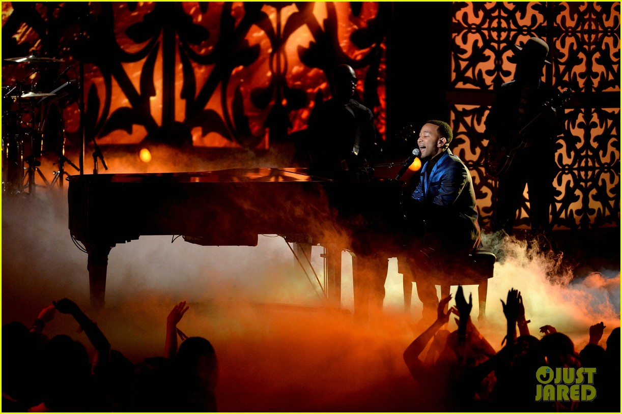 john legend jhene aiko bet awards 2014 14