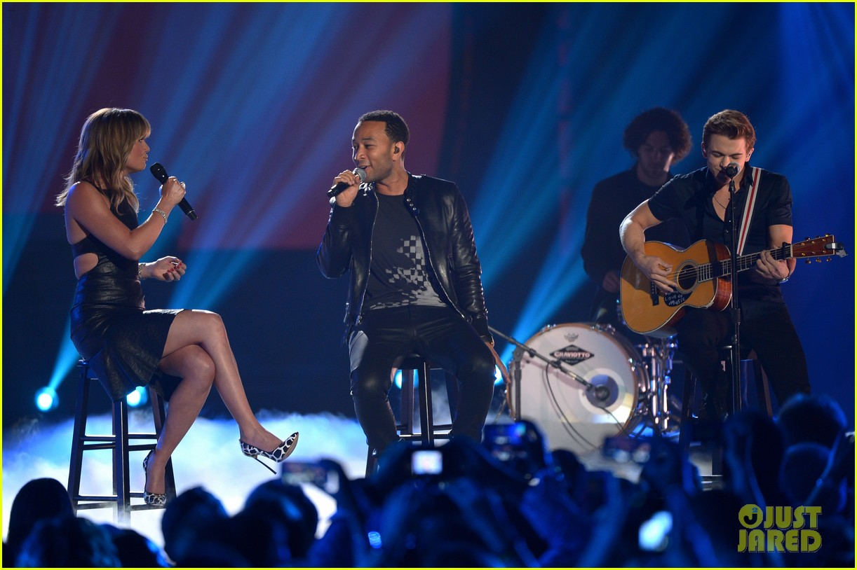 john legend all of me cmt music awards 2014 063128571