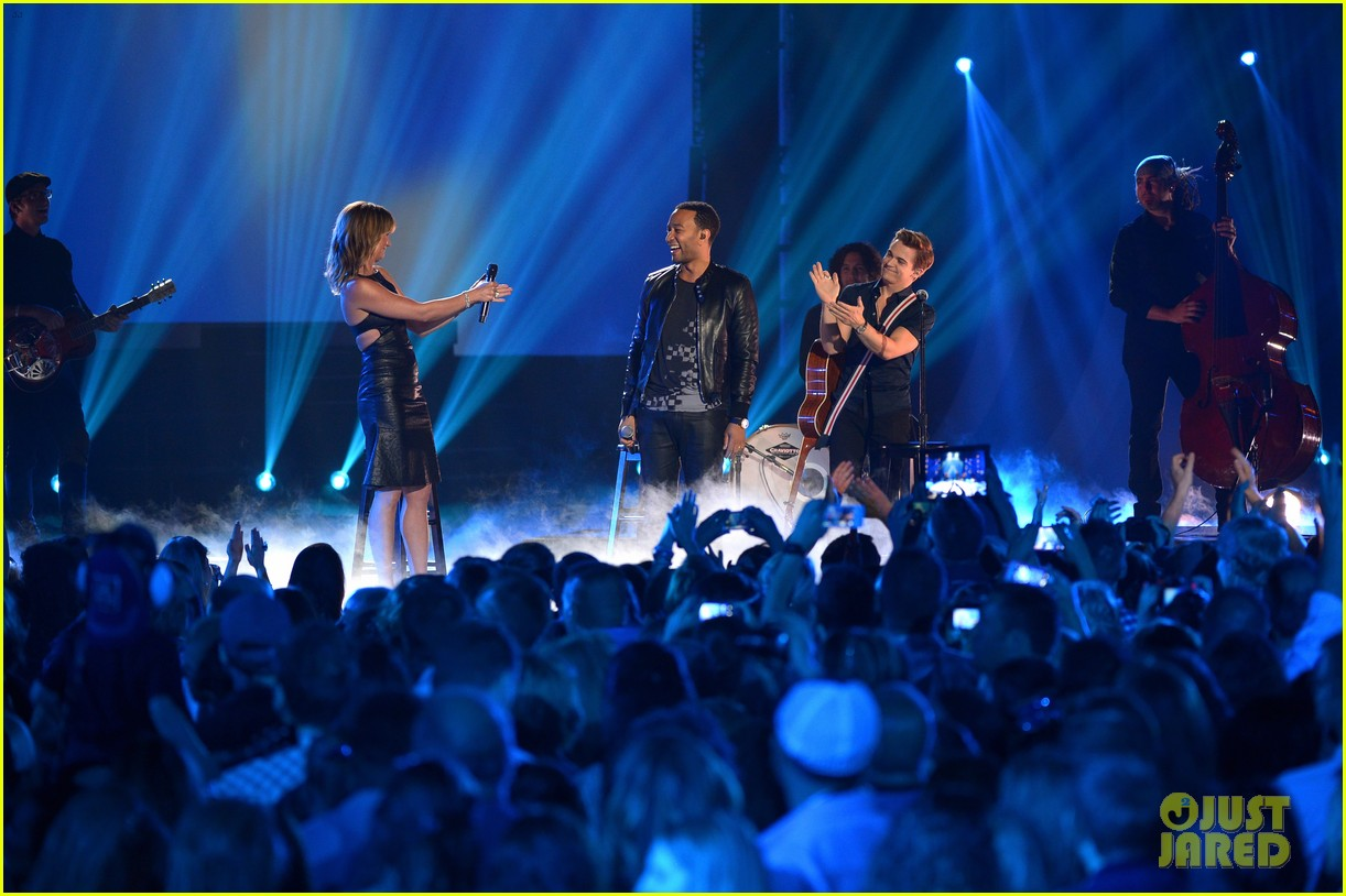 john legend all of me cmt music awards 2014 07