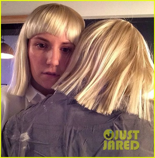 Lena dunham performs interpretive dance to sias chandelier on lena dunham performs interpretive dance to sias chandelier on late night watch now aloadofball Gallery