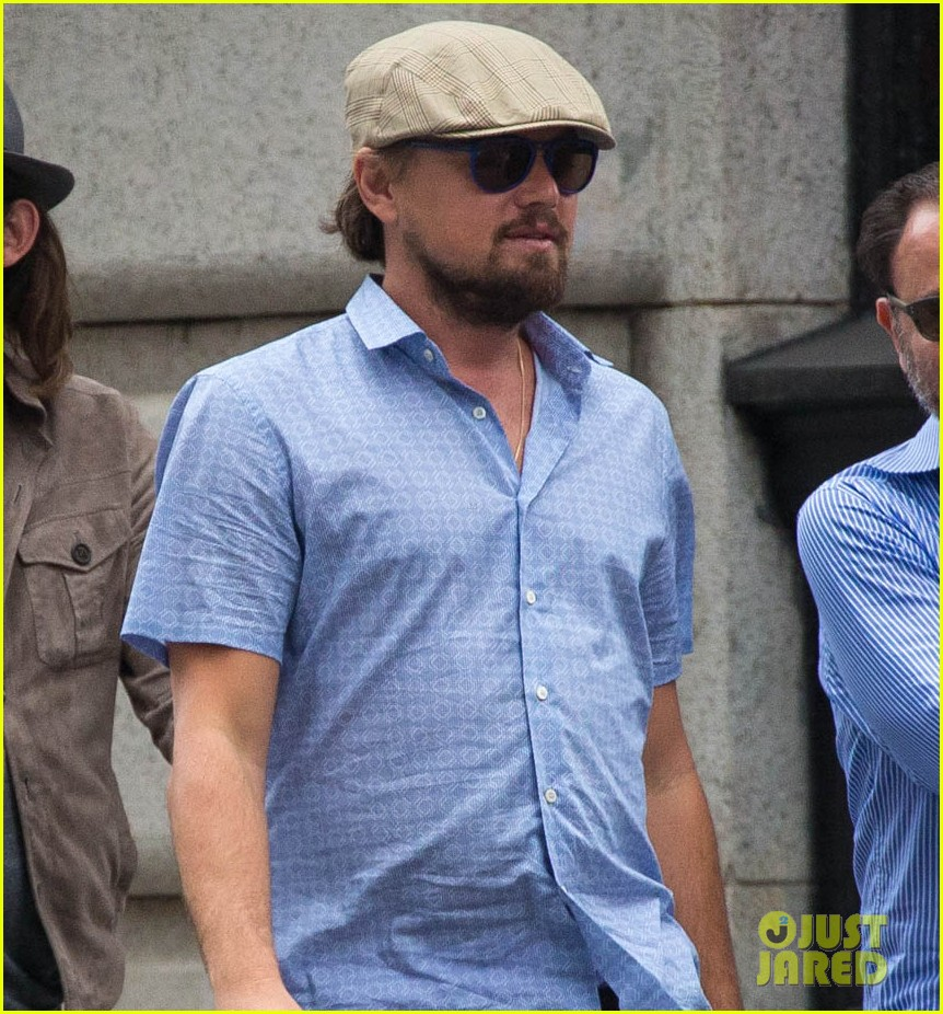 leonardo dicaprio hangs out with pals after lunch in nyc 013132508