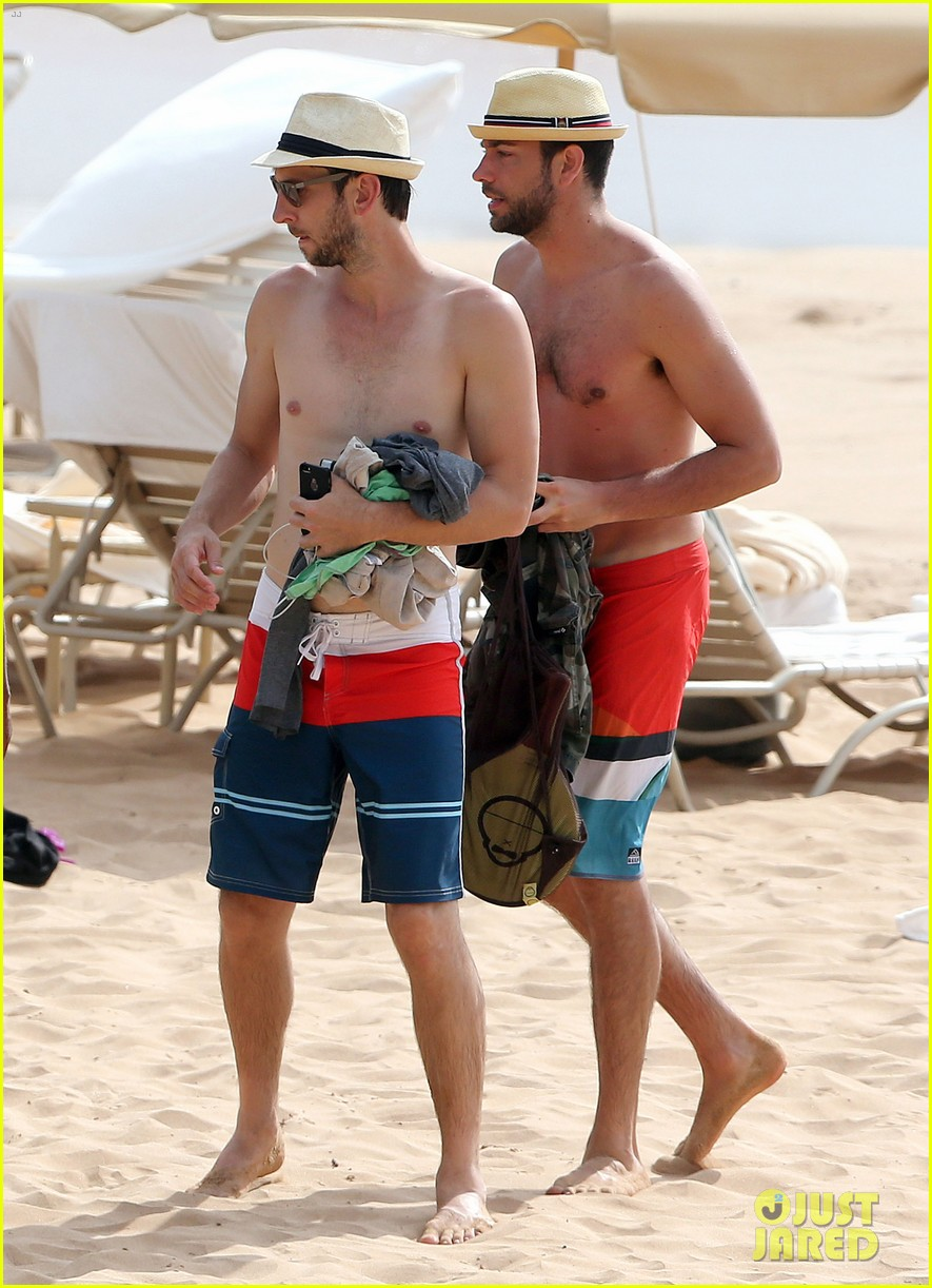 zachary levi shirtless hawaii beach vacation 053134946