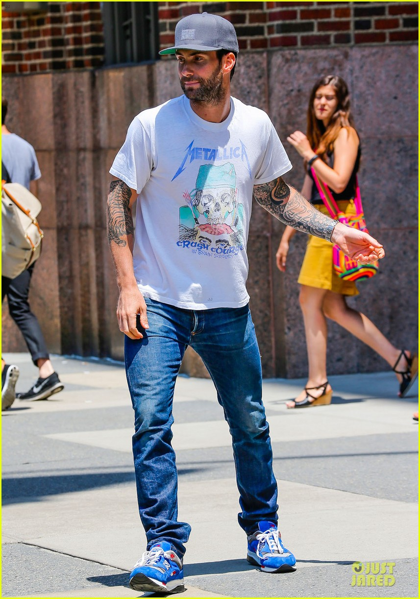 mark ruffalo is intimidated by adam levine 033145159