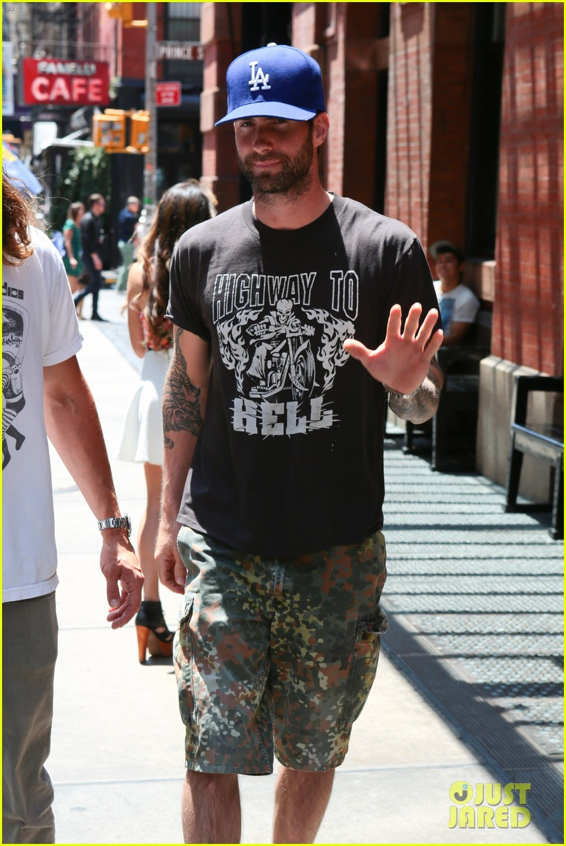 adam levine acted in begin again for no money 03