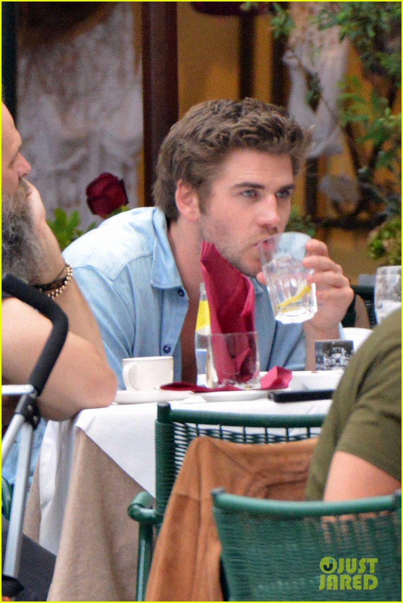 liam hemsworth takes a vacation in portofino 053144842