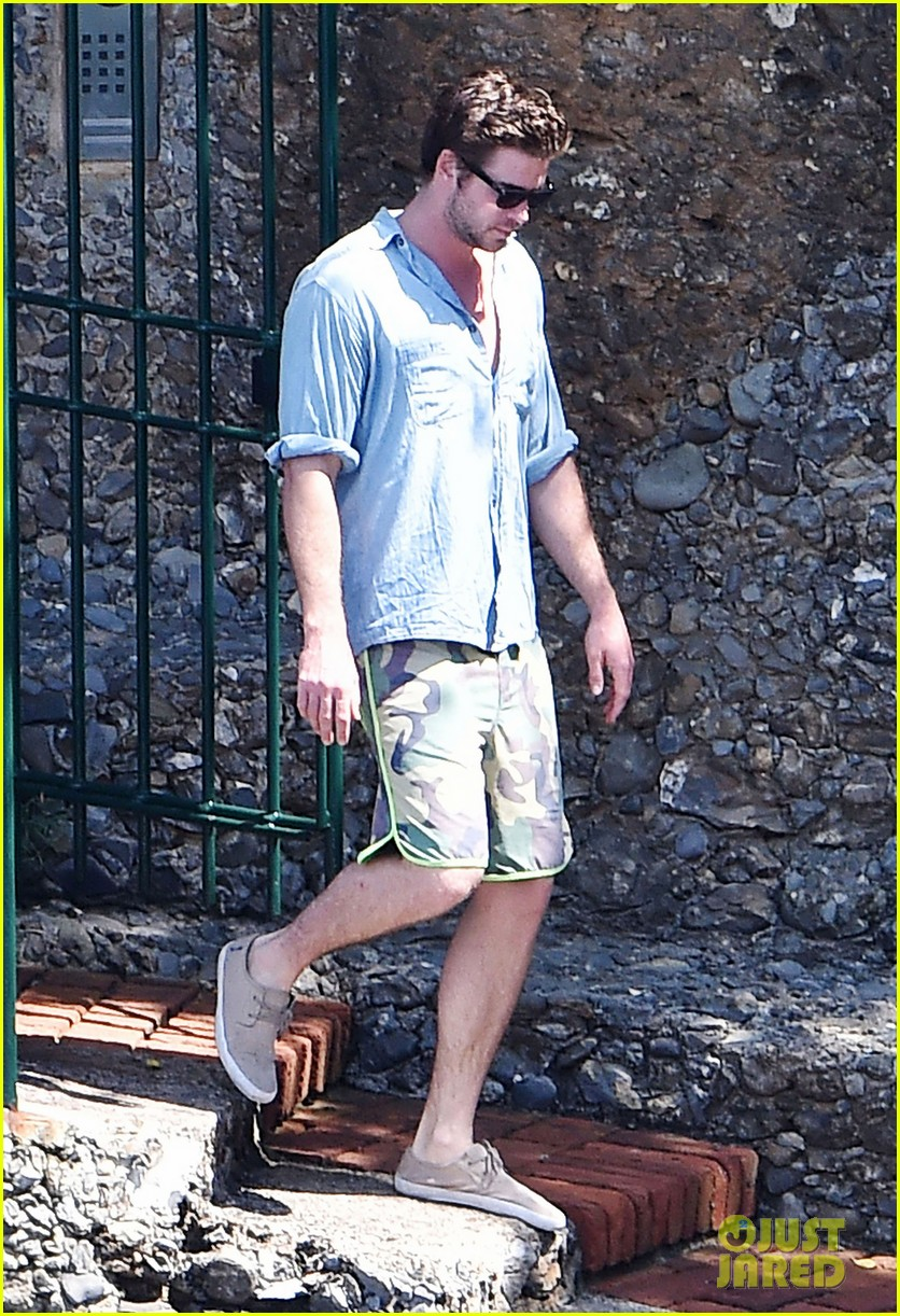 liam hemsworth takes a vacation in portofino 063144843