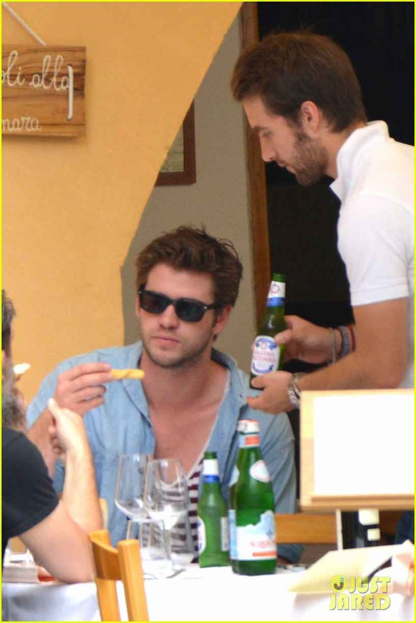liam hemsworth takes a vacation in portofino 33