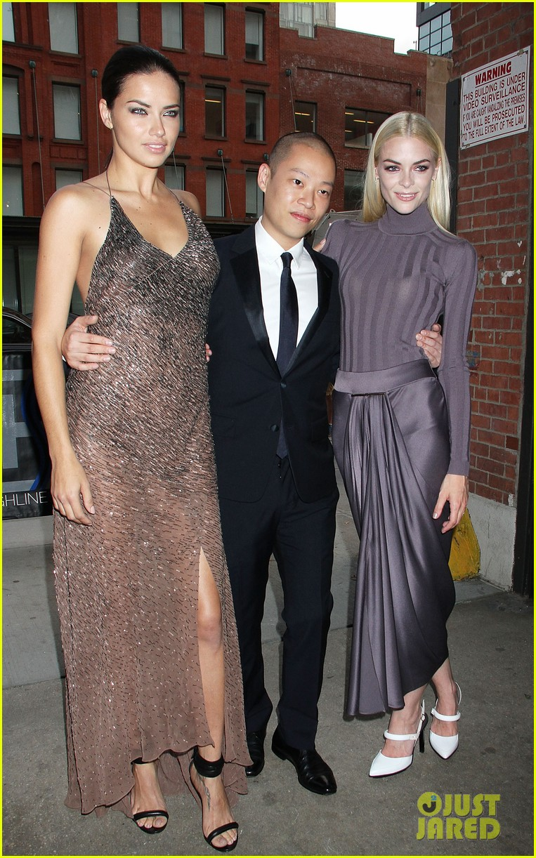 adriana lima jaime king represent jason wu at young friends of acria summer soiree 033133834