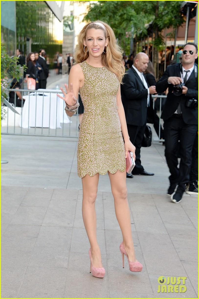 blake lively brings fashion a game to cfda awards 063126770