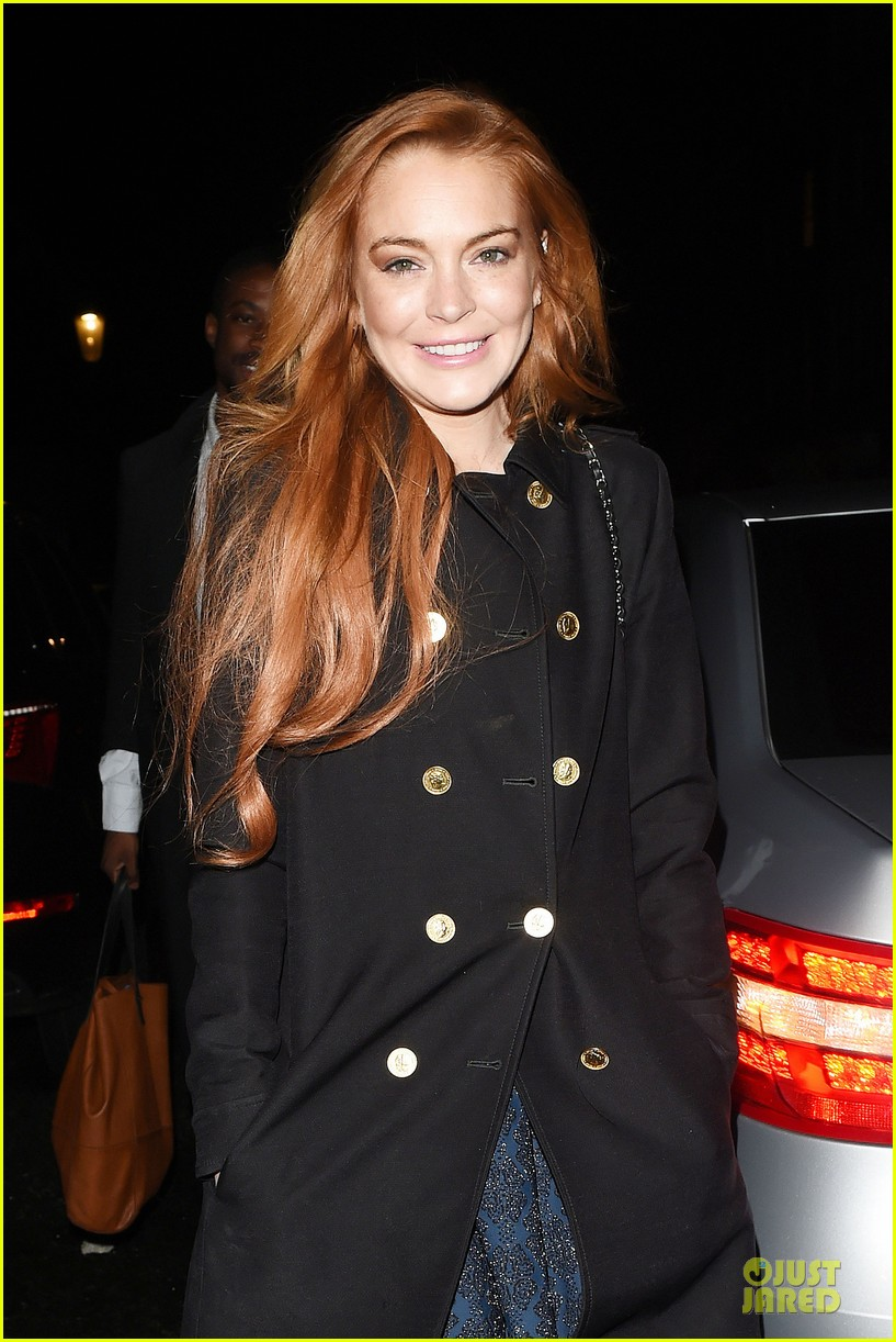lindsay lohan change it up for dinner 02
