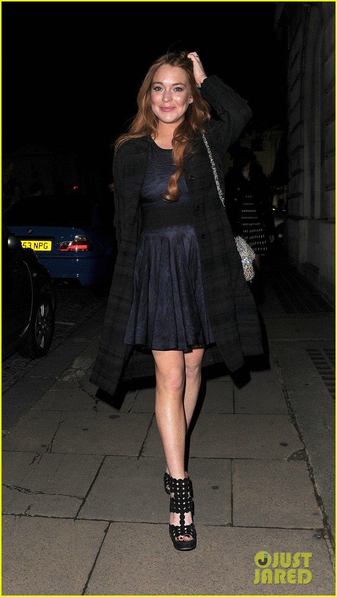 lindsay lohan changes up her look to evening wear for night out 053143019