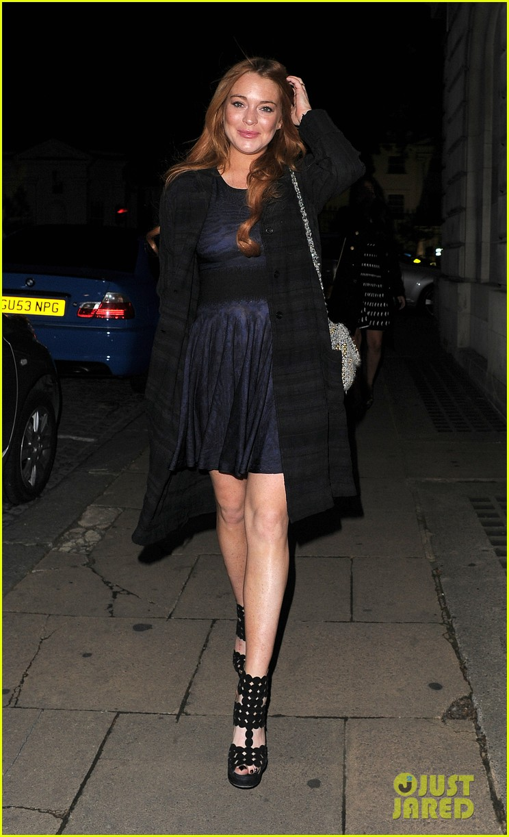 lindsay lohan changes up her look to evening wear for night out 193143033