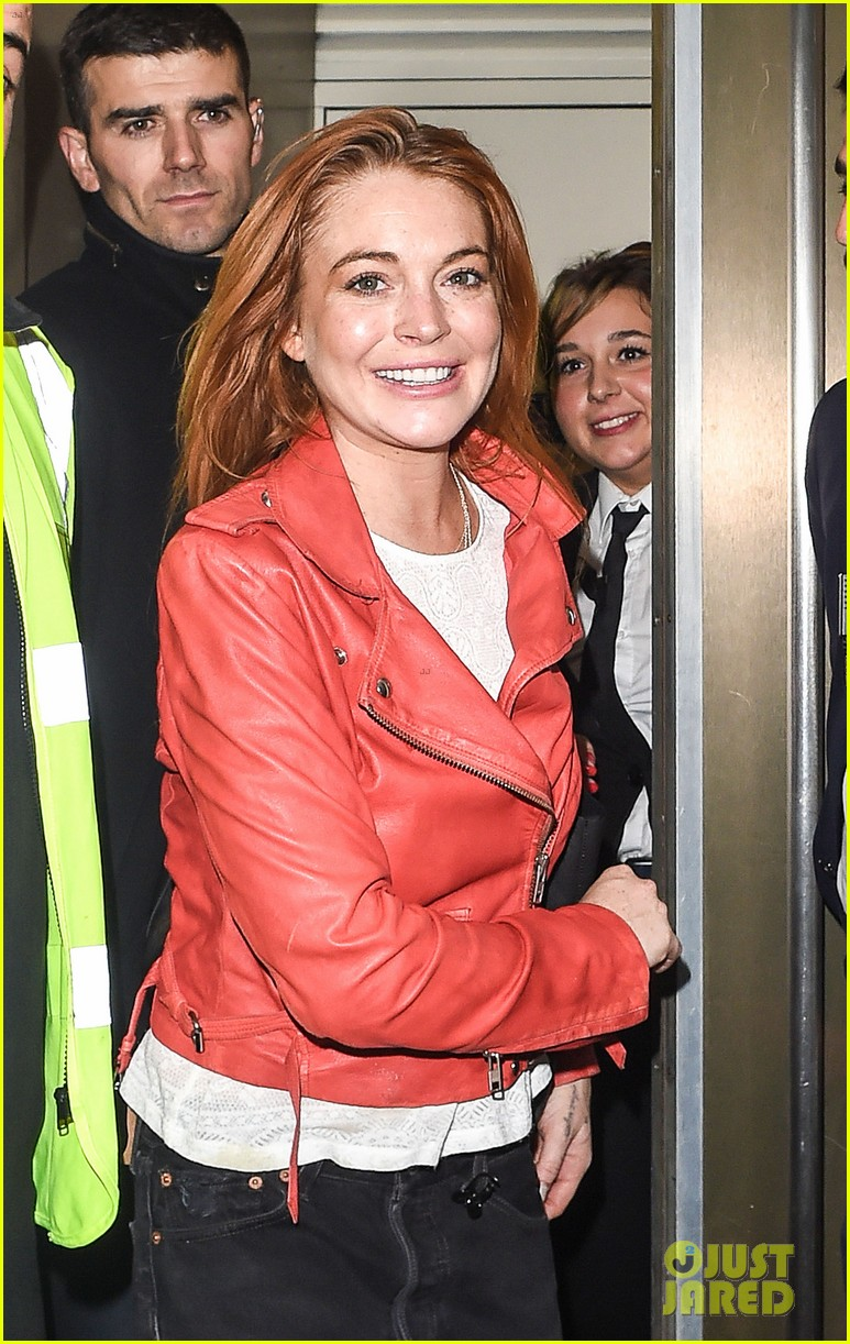 lindsay lohan is looking happier more refreshed than ever 043147013