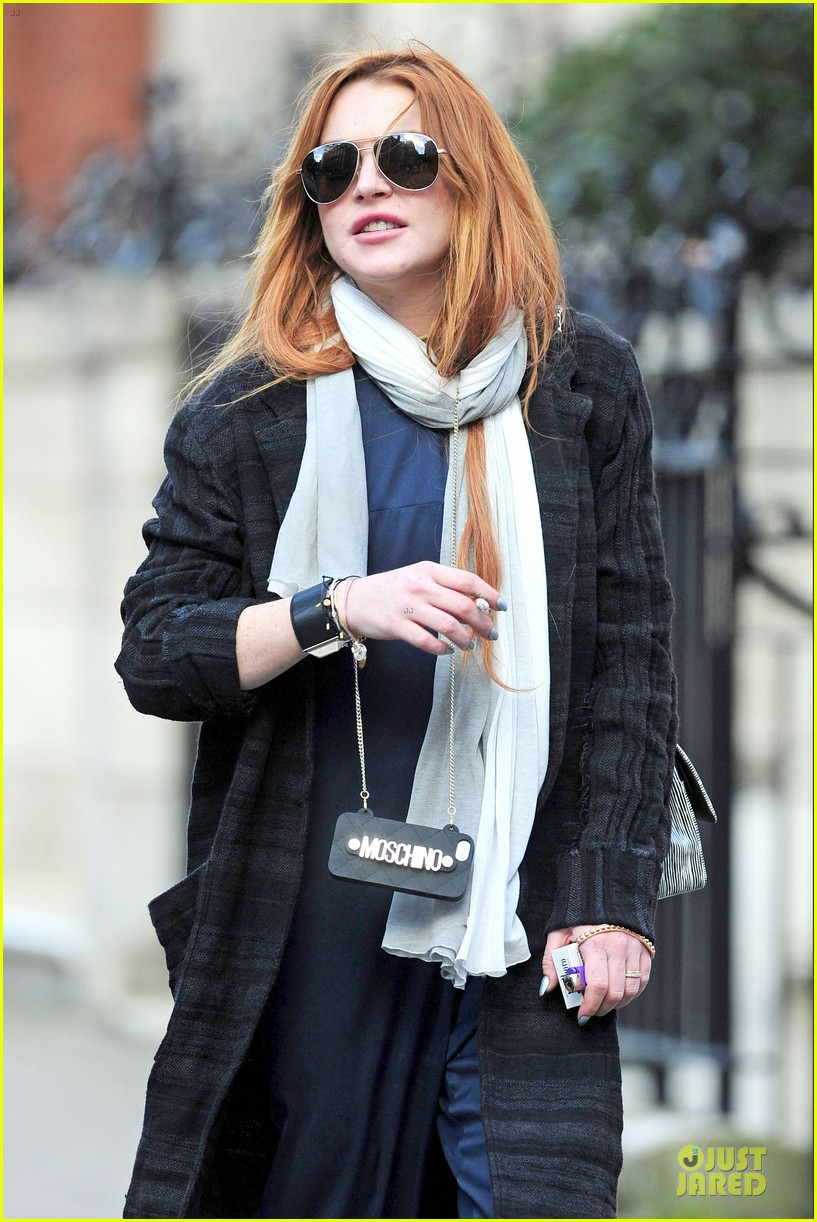lindsay lohan margot robbie red heads at chiltern firehouse 123133621