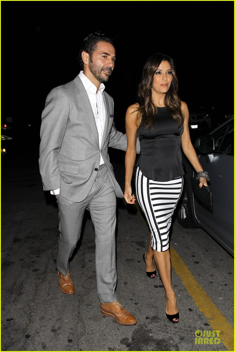 eva longoria beaming with jose baston presence 093135406